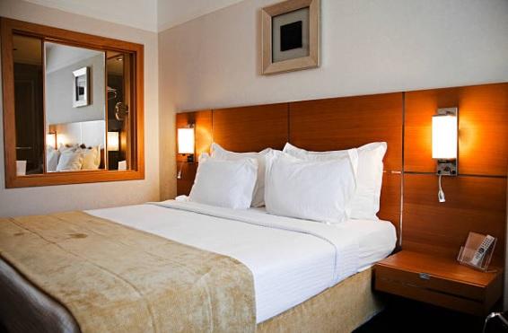 Светильники для гостиничных номеров